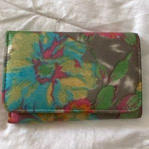 Lush tropics HOBO Jill trifold wallet